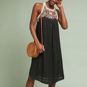 Akemi + Kin Mosley Embroidered Dress large